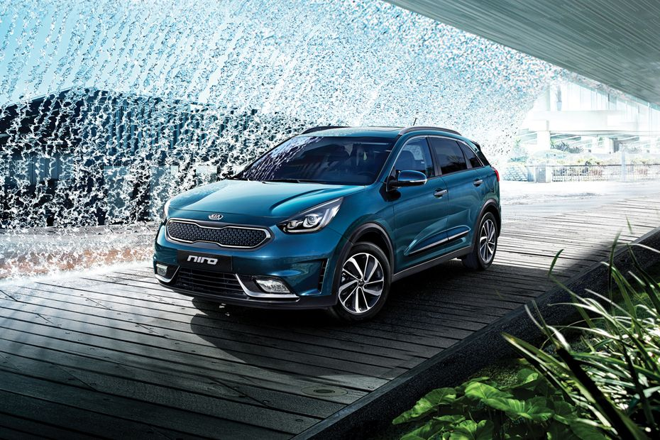 Niro Front angle low view