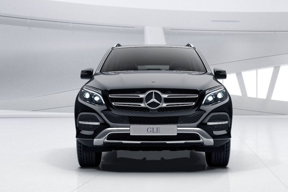 Full Front View of GLE-Class