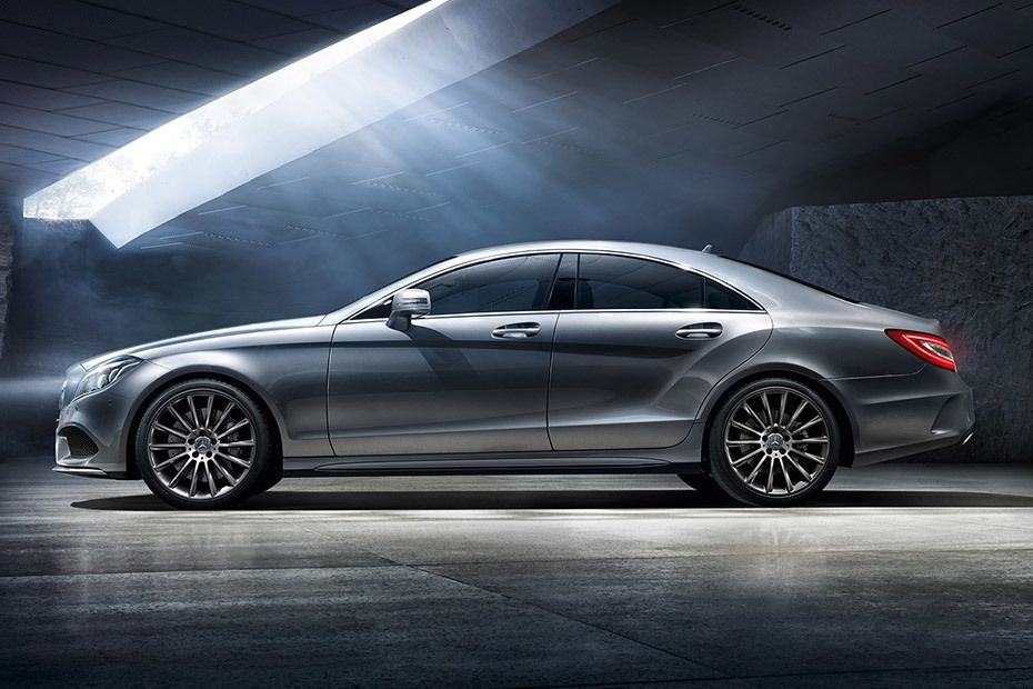 Mercedes-Benz CLS-Class Coupe Videos