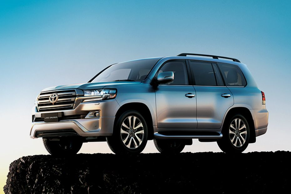 Toyota Land Cruiser Front Side View