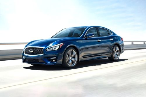 Q70 Front angle low view