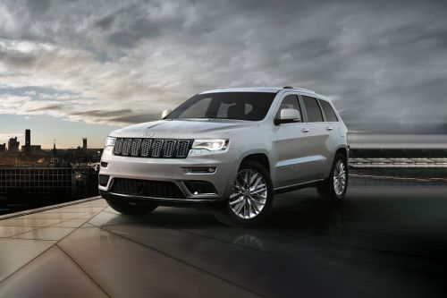 Grand Cherokee Front angle low view