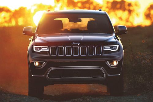 Full Front View of Grand Cherokee
