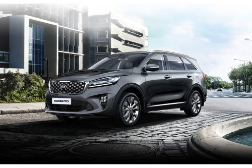 Sorento 2019 Front angle low view