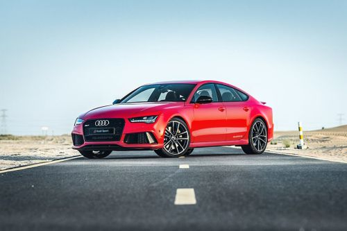 RS7 Front angle low view