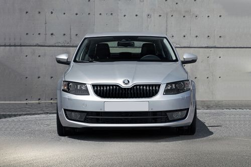 Full Front View of Octavia