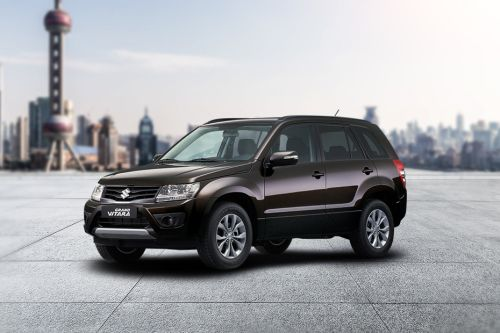 Grand Vitara Front angle low view