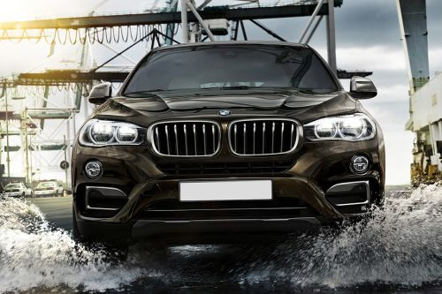 Full Front View of X6