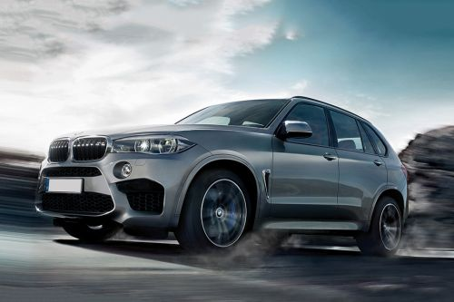 X5 M Front angle low view