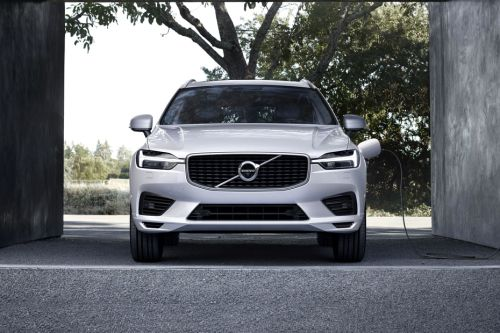 Full Front View of XC60