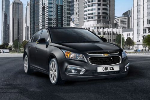 Chevrolet Cruze Front Medium View